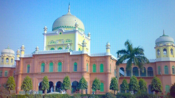 Darul Uloom Deoband bans Tablighi Jamaat's activities